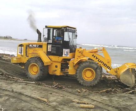 Manos a la obra para limpiar La Boca de San Jacinto