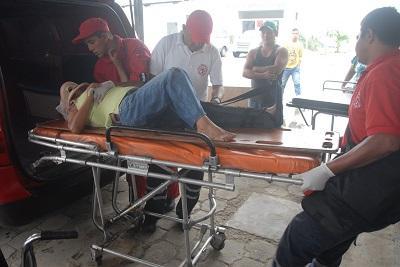 Una mujer de 44 años es atropellada por una moto