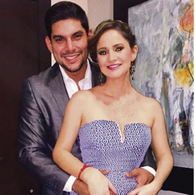 Emilio está feliz con su nueva pareja y lo muestra