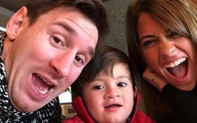 Thiago Messi felicita en video a su padre por su cumpleaños