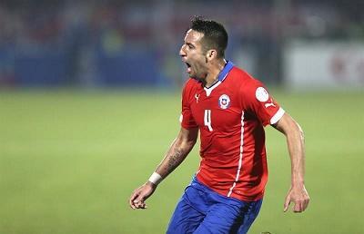 Chile elimina al campeón y espera en semifinales a Perú o Bolivia