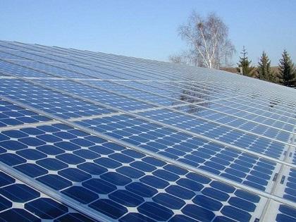 Construyen el mayor sistema para almacenar energía solar del mundo en Japón