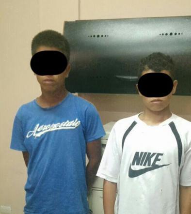 2 detenidos por robo de piezas de vehículos