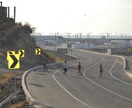 Ciudadanos dicen desconocer cuándo iniciará obra vial