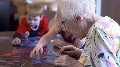Guardería cambia la vida de ancianos