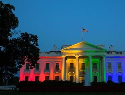 La Casa Blanca se ilumina con el arcoíris tras la legalización de bodas gay