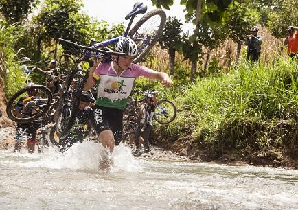 650 ciclistas en competencia de montaña