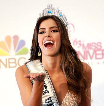 Piden a la Miss Universo que renuncie a la corona