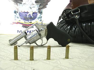 Decomisan un arma de fuego luego de accidente