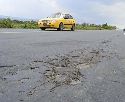 """Las vías se dañan por """"falta de mantenimiento"""""""