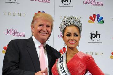 Trump califica a NBC de 'débil' y reitera sus declaraciones sobre mexicanos