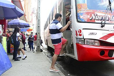 6 de cada 10 buses incumplen normas técnicas