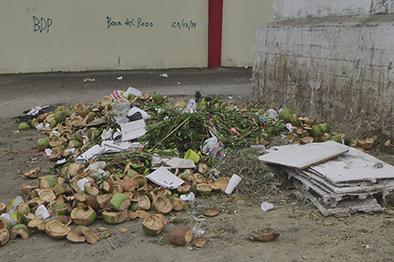 Sacan la basura a destiempo y eso afecta