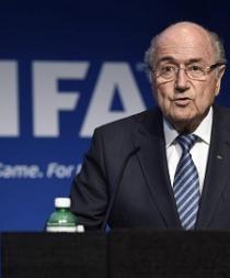 Blatter niega ser corrupto y desafía a que se demuestre lo contrario