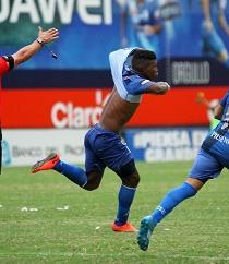 Emelec  venció 1-0 a Liga de Quito con gol de Fernando Pinillo