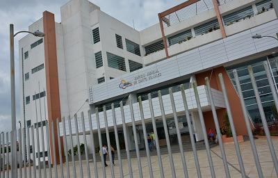 Preso escapó por un baño de la Casa Judicial de Santo Domingo
