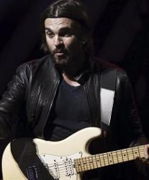 Juanes presume de legado lingüístico en su gira por EE.UU.