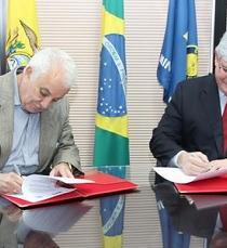 Ecuador y Brasil firman memorando para luchar contra el crimen organizado