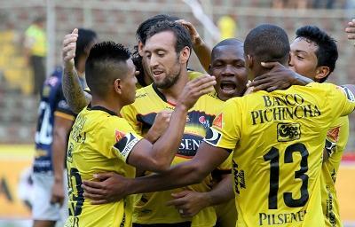 Barcelona vence a Independiente del Valle y es líder de la segunda etapa