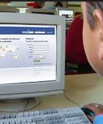 Padres colombianos deberán revisar las redes sociales de sus hijos