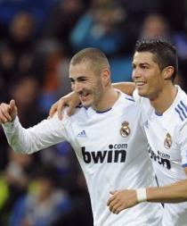 Cristiano y Benzema no viajan a Múnich por lesión