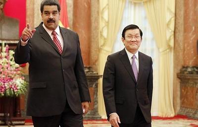 Maduro denuncia planes para matarlo con