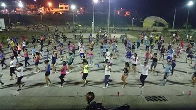 Tercera maratón de bailoterapia se realiza hoy en el parque Bombolí