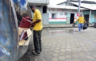 Recoger la basura fue el primer reto tras consulta popular