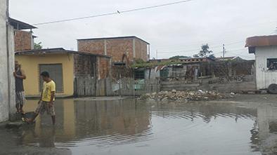 Aguaje afecta a varios balnearios del Ecuador