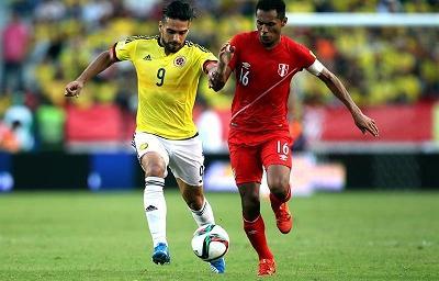Colombia se impone a Perú en un partido abierto y con altibajos
