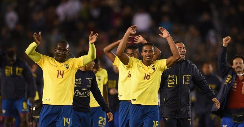 Con todo mérito, Ecuador gana 2-0 a Argentina en Buenos Aires