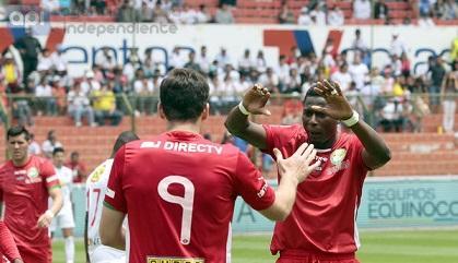 Liga de Loja venció 2-1 a Liga de Quito en Casa Blanca