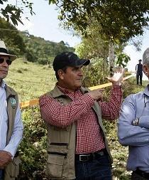 FARC dice que plazo de seis meses para firmar la paz