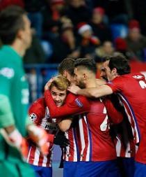 Gabi asiste, Griezmann golea y el Atlético avanza a octavos
