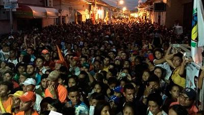 Asesinan de un disparo a opositor venezolano en acto de campaña, dice partido