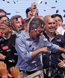 Un videotutorial enseña a bailar como el presidente electo Macri
