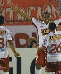 Huracán elimina a River Plate y jugará final con Independiente Santa Fe