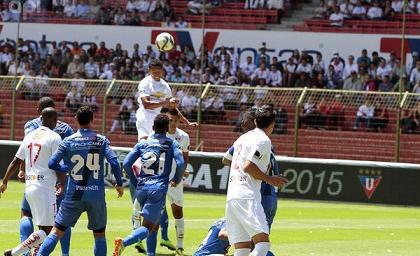 Emelec y Liga de Quito en partido crucial por la segunda etapa