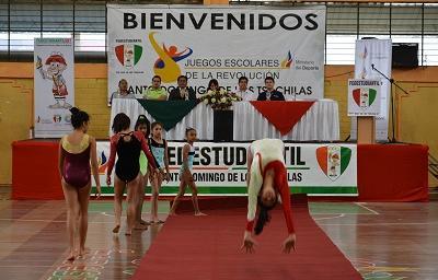 Juegos Escolares de la Revolución se inauguraron en el Coliseo Tsáchila