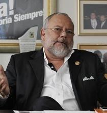 Ecuador insistirá ante OPEP en reducir producción de crudo menos de un 2 %