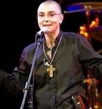 La cantante Sinéad O'Connor anunció su suicidio en Facebook