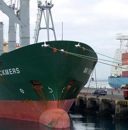 Ecuador flexibiliza régimen de salvaguardia sobre 129 bienes de importación