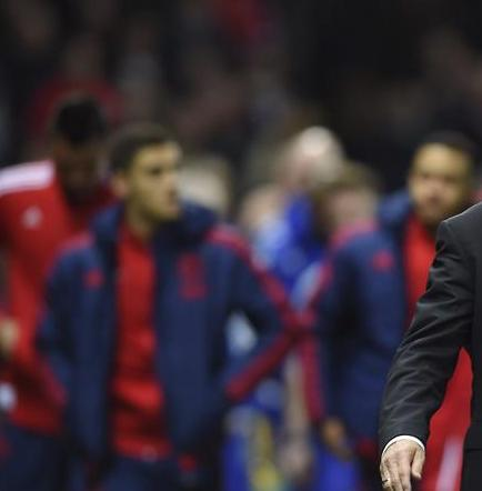 Van Gaal: 'No hay una fórmula mágica para cambiar la suerte del United'