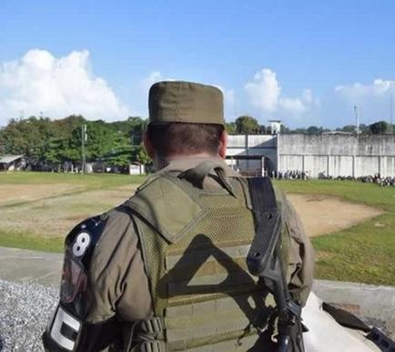 Al menos 8 presos muertos y 24 heridos en un motín en una cárcel de Guatemala