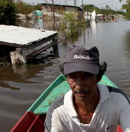 Más de 94.000 personas permanecen en refugios por inundaciones en Asunción