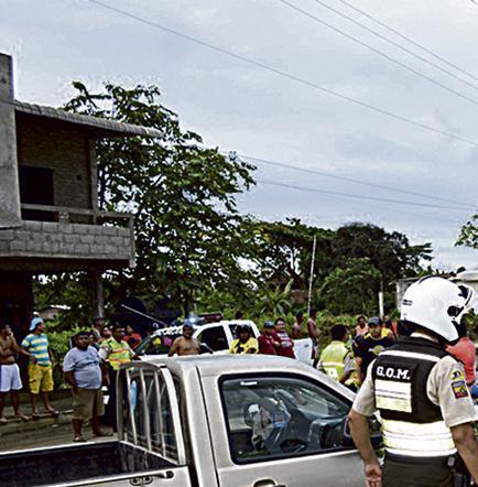 Accidente deja sin luz a varios sectores de una avenida