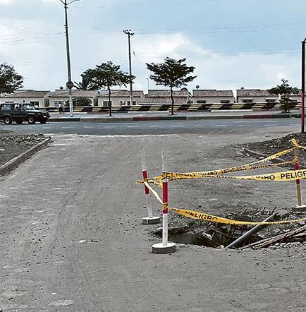 En Las Piedras de Picoazá piden por reparación de una alcantarilla sin tapa