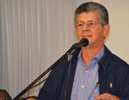 Oposición venezolana elige a Ramos Allup presidente de la Asamblea