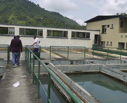 Proyectan una empresa mixta para la dotación de agua potable a 2 cantones
