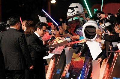 'Star Wars' domina sin rival la taquilla de EE.UU. por tercera semana seguida